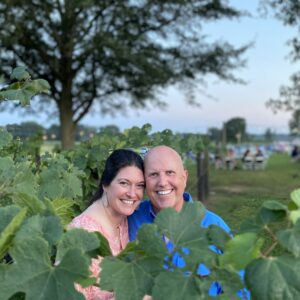 2020 Forks & Corks Tracy and Lannie Avery among the grapes (50)